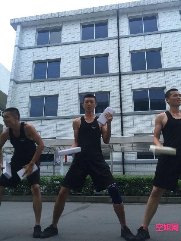 再一次感受部队生活 靓照show kongjie.com图片